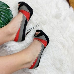 DIVA Lounge Shoes - Diva lounge colorblock grey red and black pump